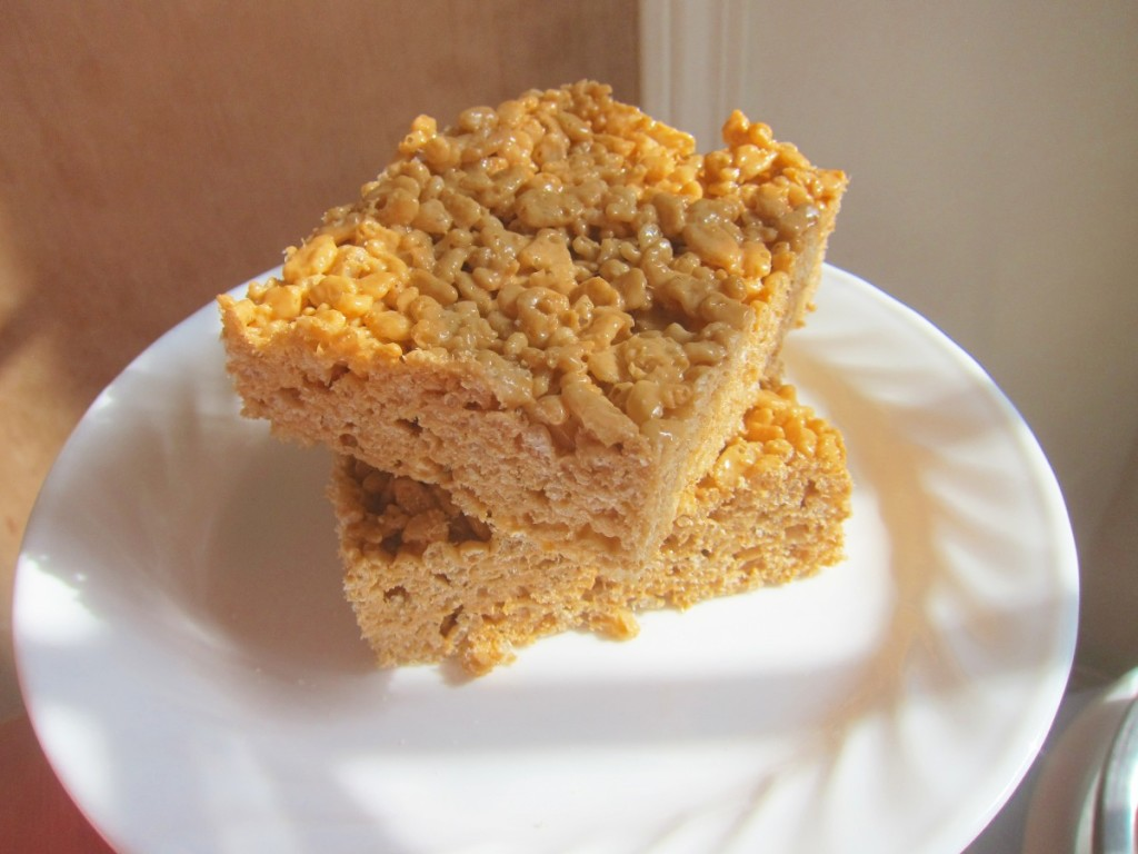 pumpkin spice rice cripsy treats 3